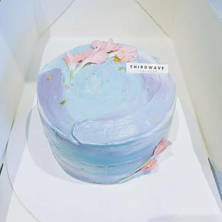 Cloudy Vanilla Cake