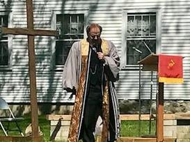 Pastor Tom 3.jpg