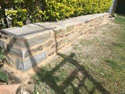 Muret pierre finition joints chaux