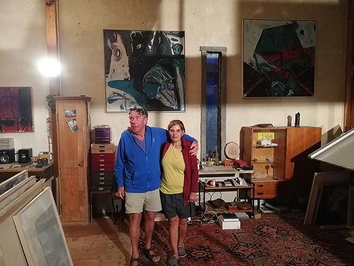 Quels hôtes incroyables ! Rencontré sur la pente du col du Schafmatt, Kersten, artiste sculpteur de la région de Bâle, a tout de suite été très attentionné avec nous, jusqu'à nous accueillir pour dormir dans son atelier. Un grand merci à vous deux!