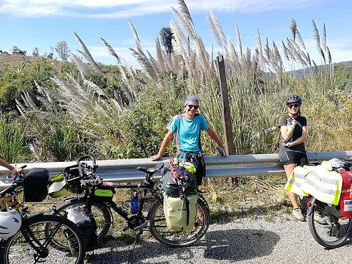 Cyclotouriste venu de France, Jean-Philippe parcoure l'Asie à vélo pour plusieurs mois. Nous prenons le temps de faire connaissance avant de prévoir de nous revoir à Bangkok en février.