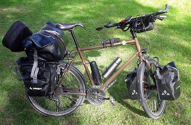 Vélo cyclotourisme Rouyer chargé
