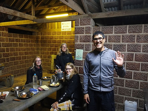 Ulf est Allemand et teste le cyclotourisme en Australie. Il finira son voyage en bus et autres transports en commun, mais il aura parcouru quelques 500km à vélo.
