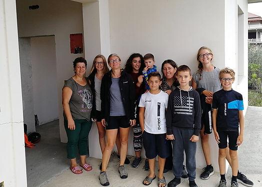Ils nous ont accueilli et se sont mis en 4 pour nous trouver un endroit où dormir. Nous avons été l'attraction du moment et avons vu la générosité et la bienveillance des Albanais à l'oeuvre.