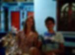 """Jeune couple Français rencontré à Don Det dans notre QG, ils font un tour du monde en """"sac à dos"""". Un chouette échange, et ils inspireront Célia sur le menu du soir suivant : Big Burger ! (désolé pour le contexte de la photo, c'est une pure coïncidence !)"""