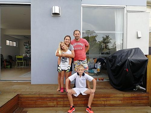 Nous connaissions Marie-Maud en France. Quel plaisir de découvrir la famille dans leur cadre de Sydney ! Un accueil et un séjour au top pour nous, plein d'attentions et de simplicité. Merci les amis !
