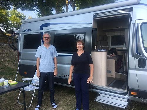Elle est Bretonne, il est Italien, ils vivent en Allemagne et nous les rencontrons à Nevers : normal ! Un plaisir d'échanger avec vous Bri et Rolf, à bientôt!