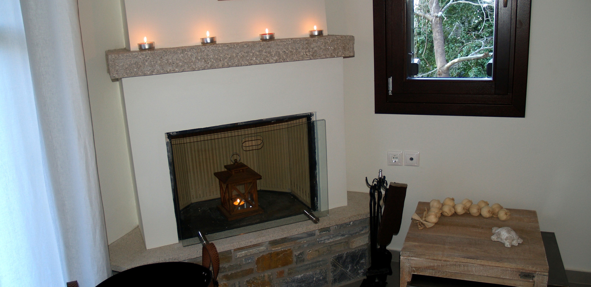 Andromachi livingroom 6.jpg