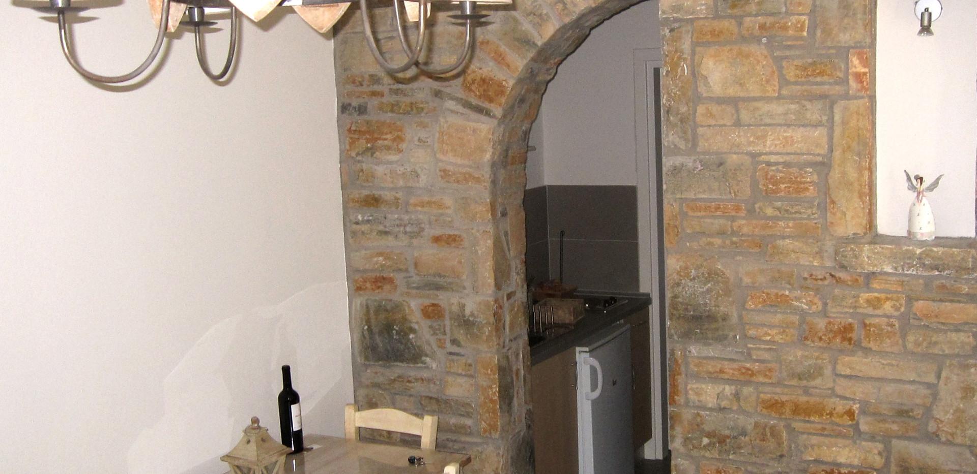 Polyxeni livingroom 3.jpg