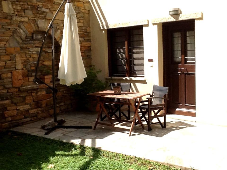 Ifigenia balcony 1.jpg