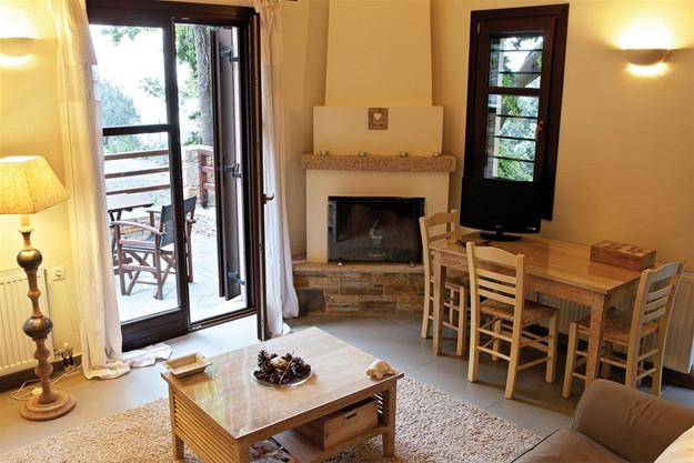 Eriphili livingroom 1.jpg