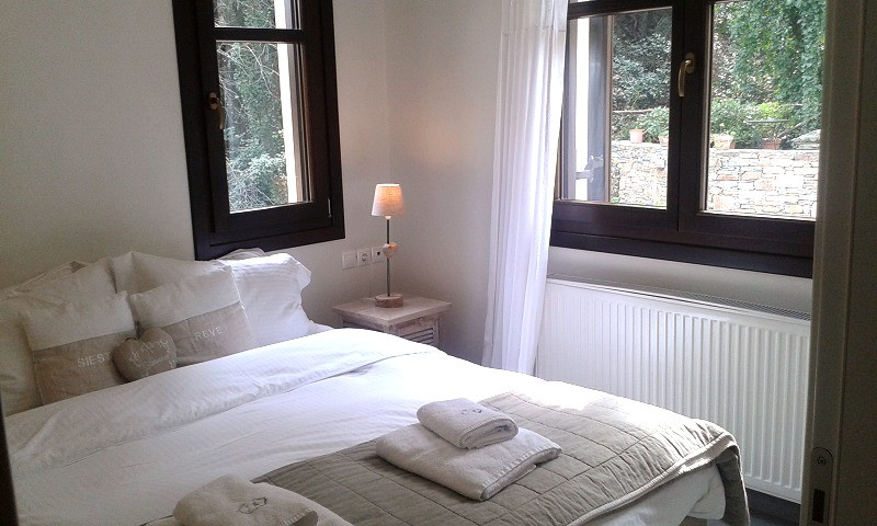 Penelope bedroom 2.jpg