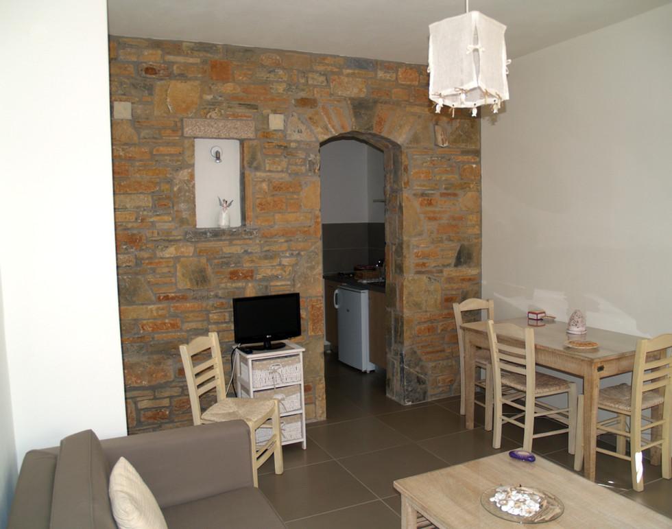 Ifigenia livingroom 3.jpg