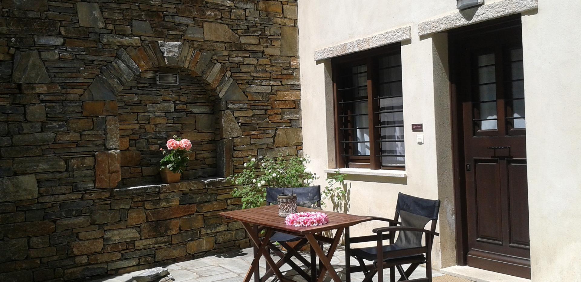 Ifigenia balcony 2.jpg