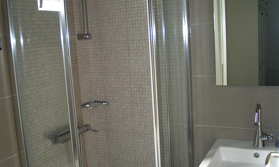 Andromachi bathroom.jpg