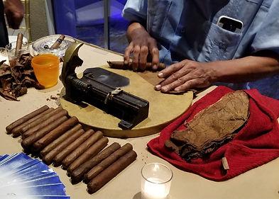Cigar Roller 1.jpg