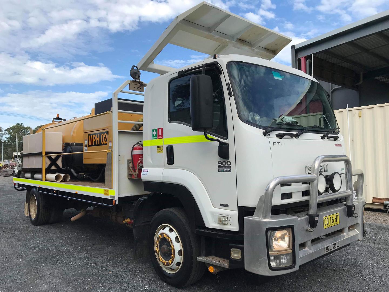 Isuzu FTR900 Vacuum Excavation Truck