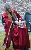 Susan Synnott Inkle Weaving at the Mediaeval Veille