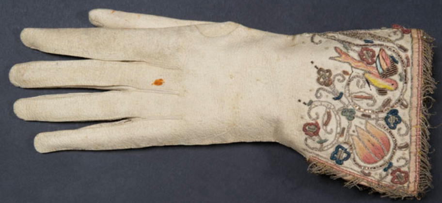 Embroidered glove- 17th century