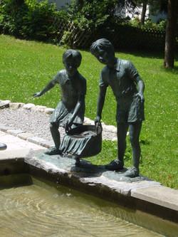 Kneipptretbecken im Kurpark Bad Kohlgrub