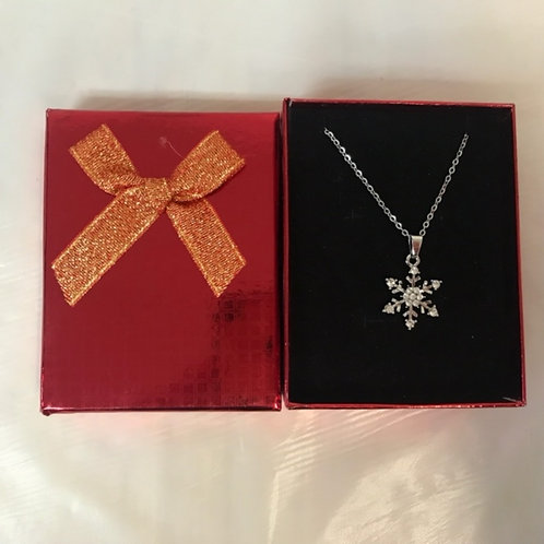 Holiday Necklace - Snowflake w. Glitter Box
