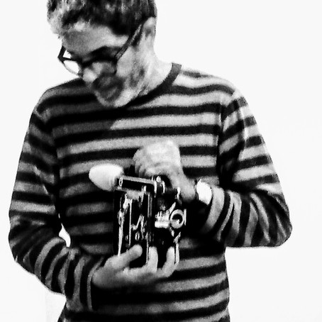 Juan Carlos Alom en Página en blando. Taller de cine experimental