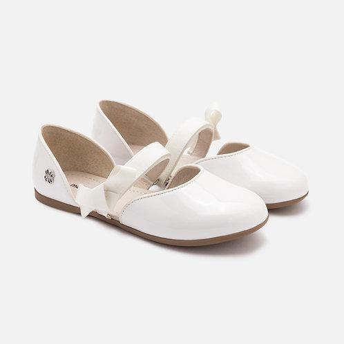 Otevřené boty s mašlí