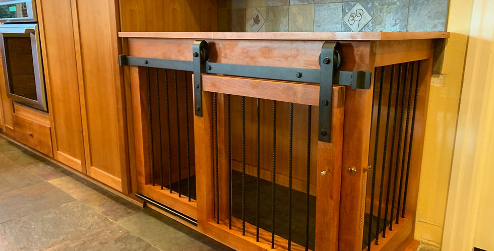 Large Dog Kennel - Maple with Stain