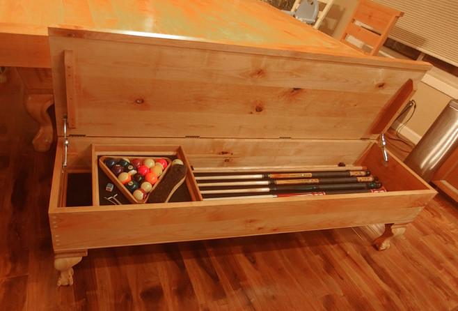 Que Storage Bench