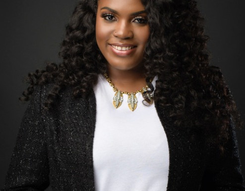 Ep. 54 How Shenequa Johnson Built Her Creative Design Business from the Ground Up
