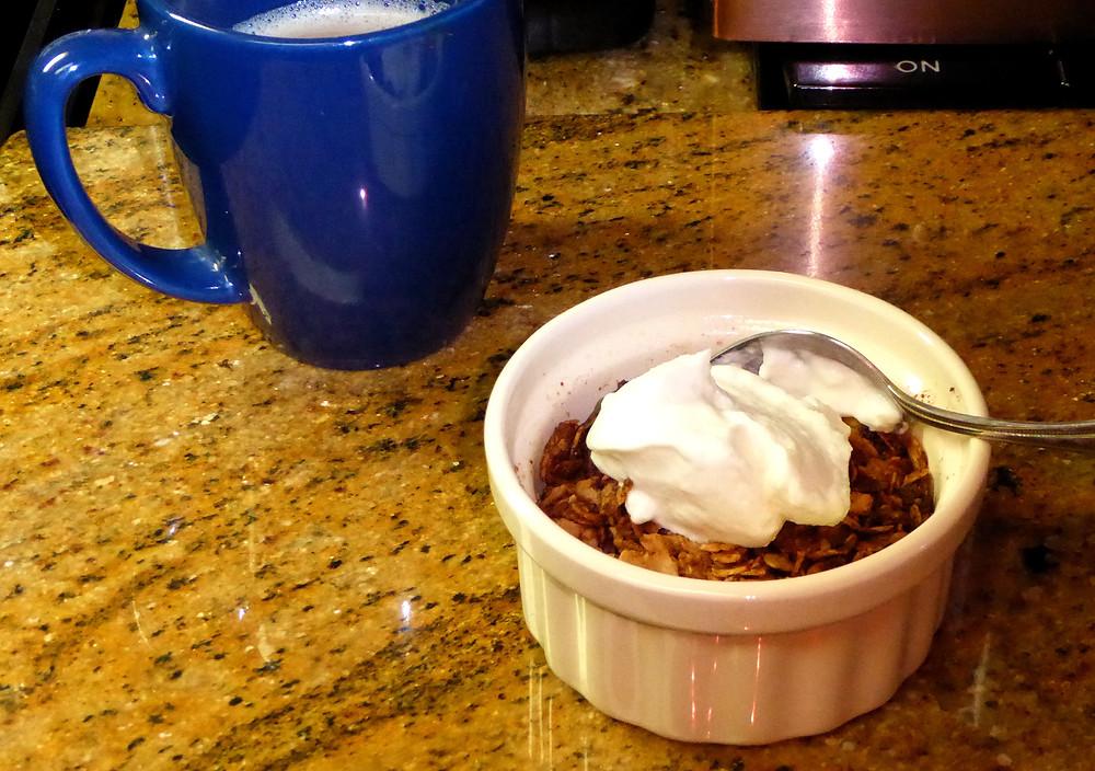 Chocolate-Peanut Butter-Banana Breakfast Crumble