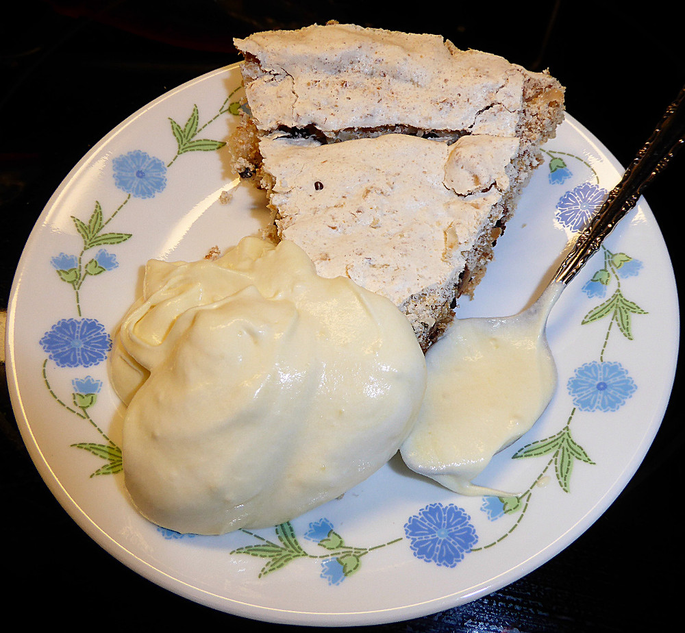 Angel Pie with Almond Mousse