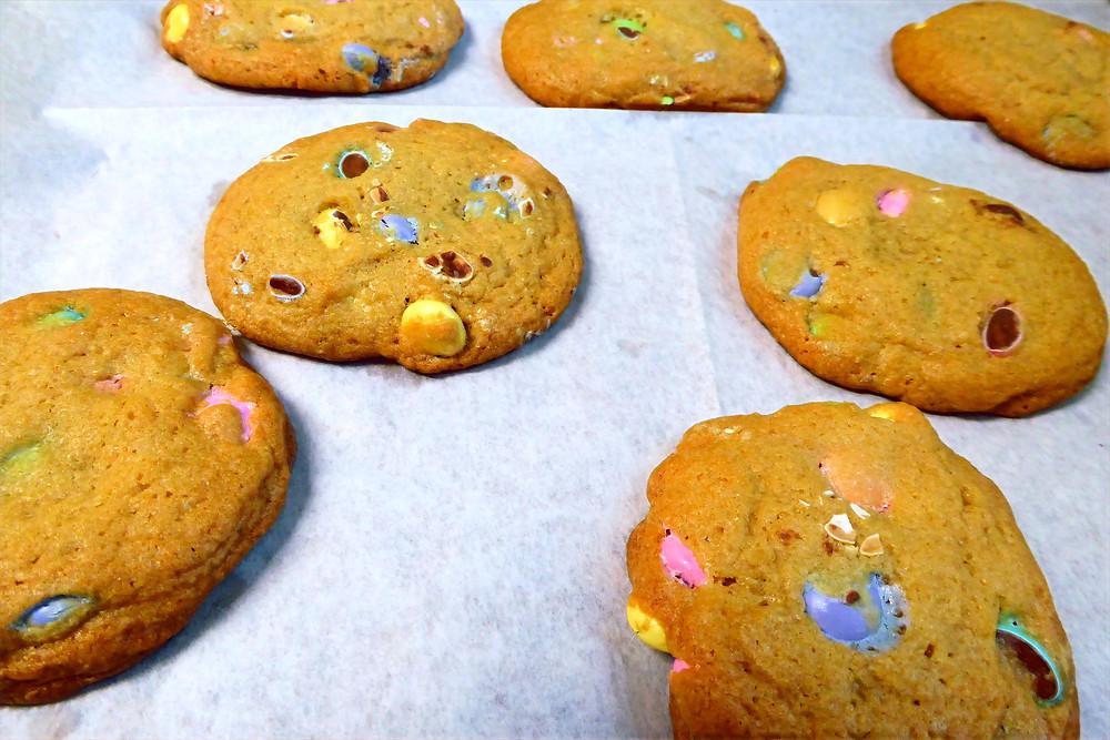 Weekend Cookie:  Air Fryer M&M Cookies