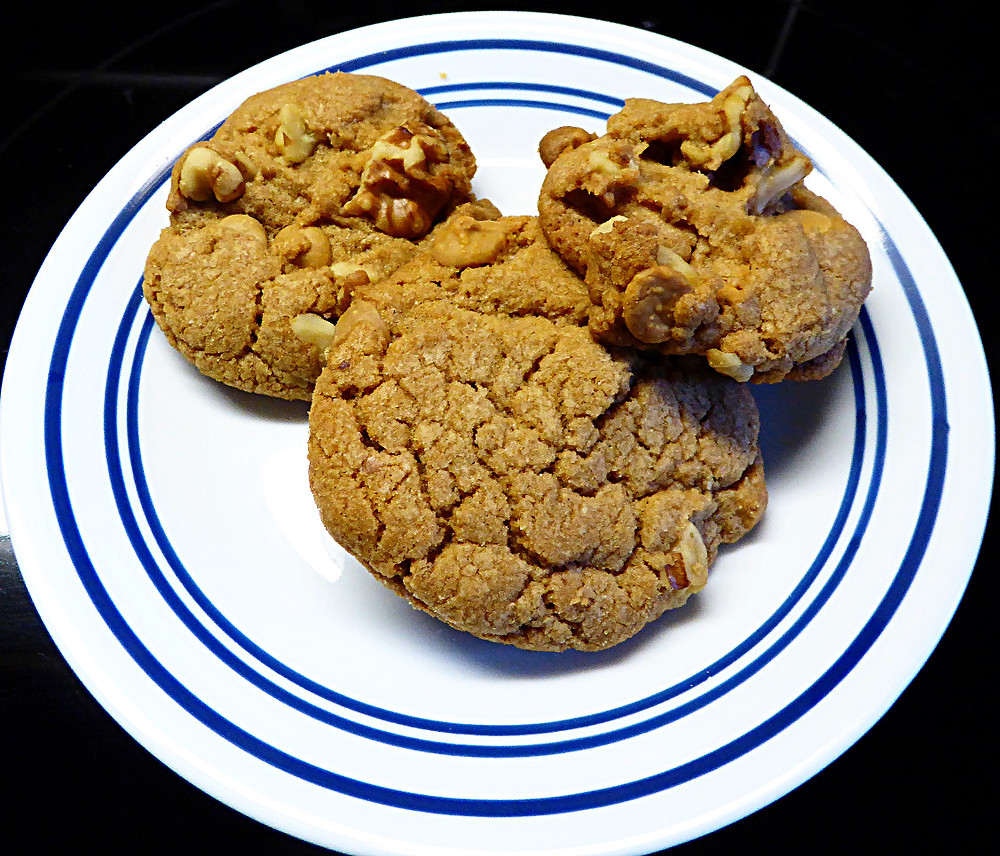 Maple Walnut Scotchies Cookies