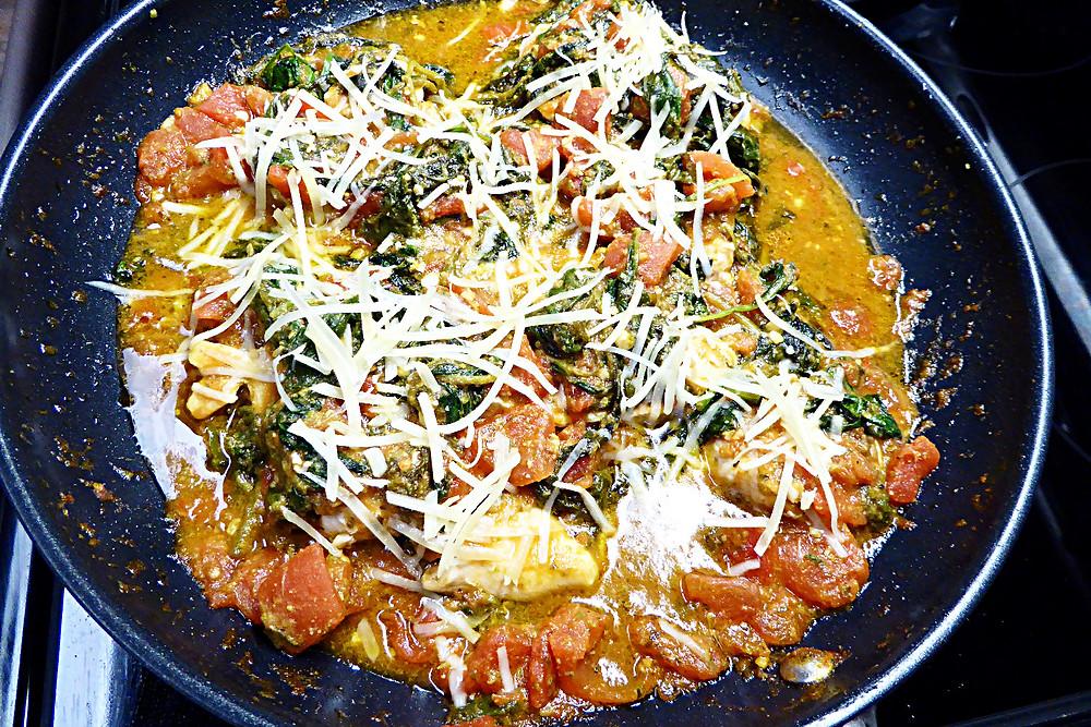 Chicken in Spinach Pesto Sauce