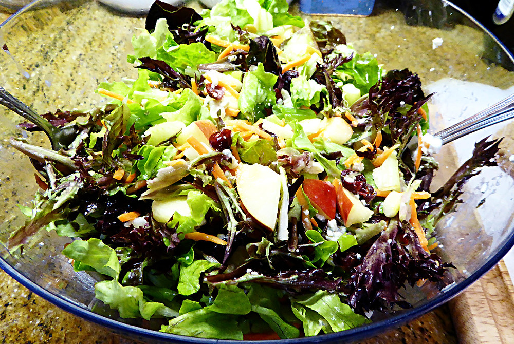 Lemony Apple-Blue Cheese Salad