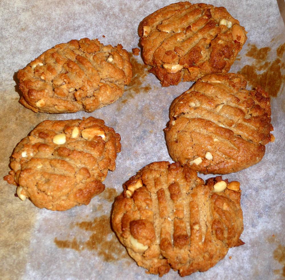 Quick Air Fryer Peanut Butter Cookies
