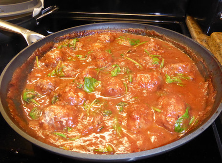 Cheap Monday Supper:  Meatballs in Florentine Sauce
