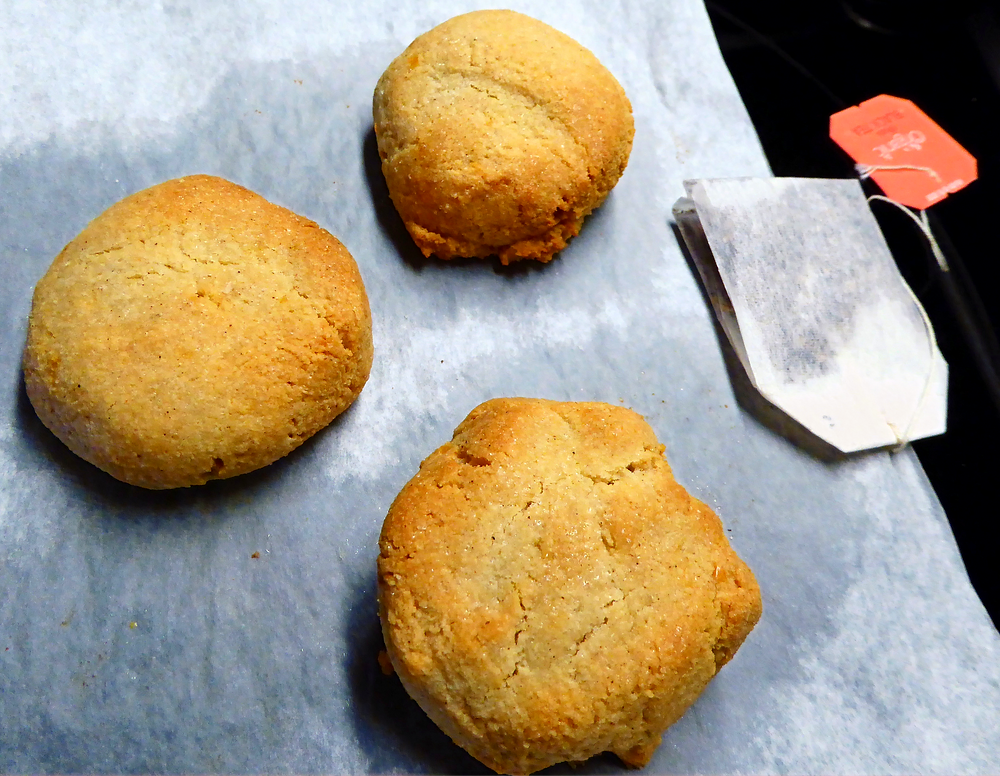 Air Fryer Gluten Free Chewy Almond Cookies with Lemon