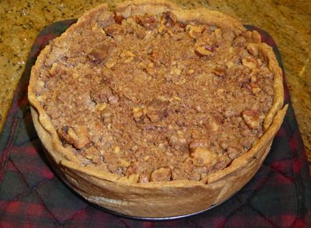 Air Fryer Apple Crumb Pie