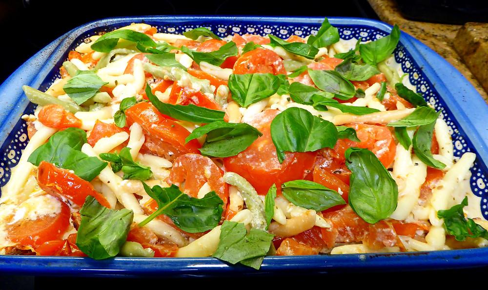 Tomato-Feta-Pasta Bake