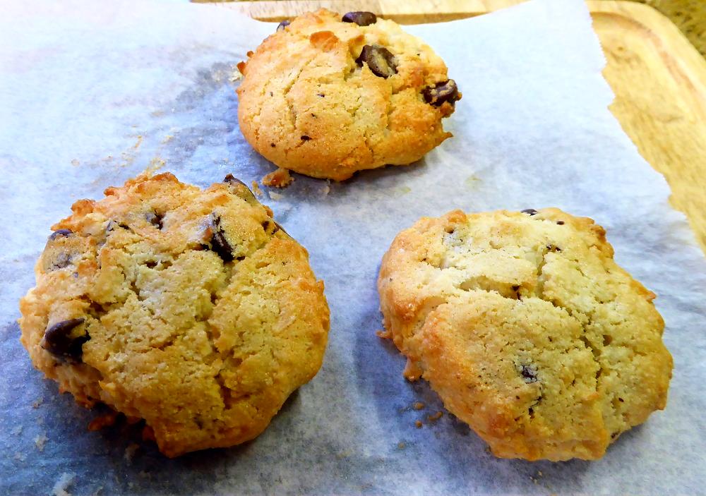 Make Almond Joy Cookies in Your Air Fryer