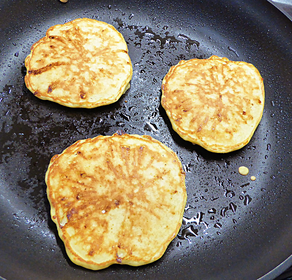 Low-Fat Cottage Cheese Pancakes