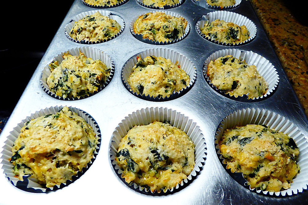 Savory Spinach-Cheese Muffins
