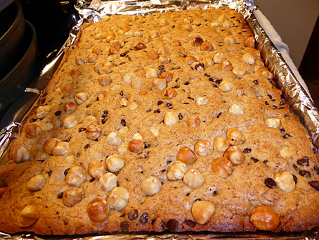 Hazelnut Cookie Bars