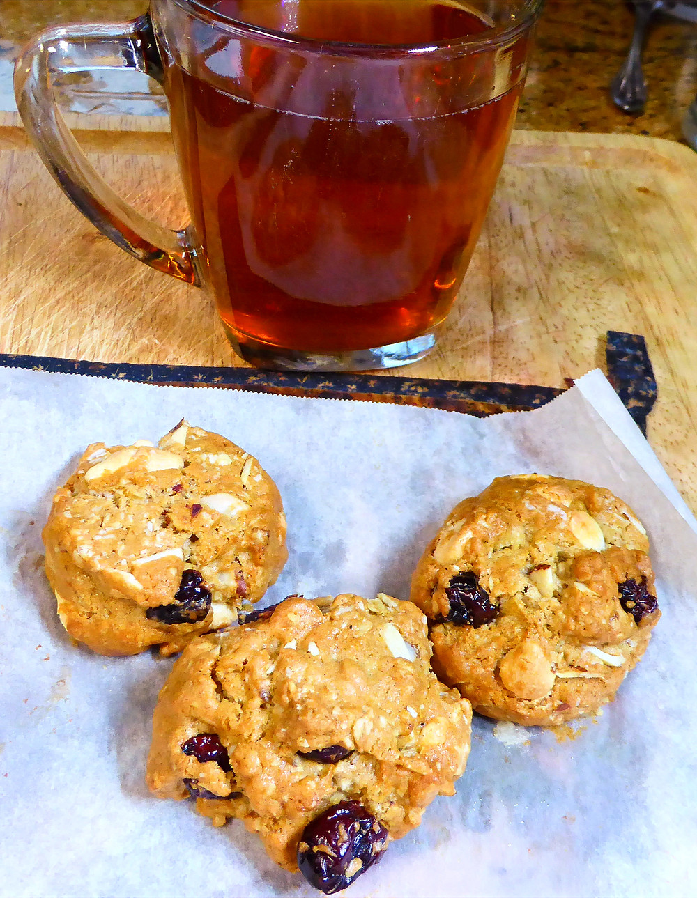 Air Fryer White Chocolate-Cranberry-Almond Cookies