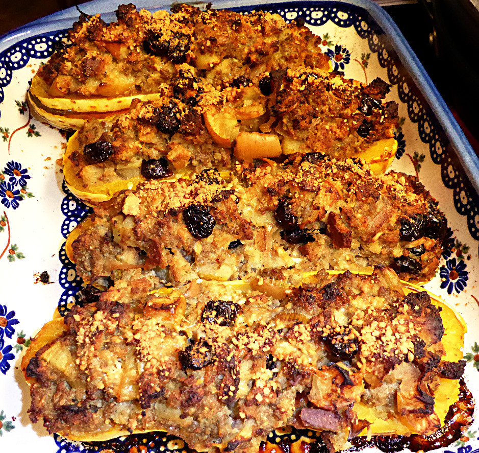 Cheap Fall Dinner: Stuffed Delicata Squash