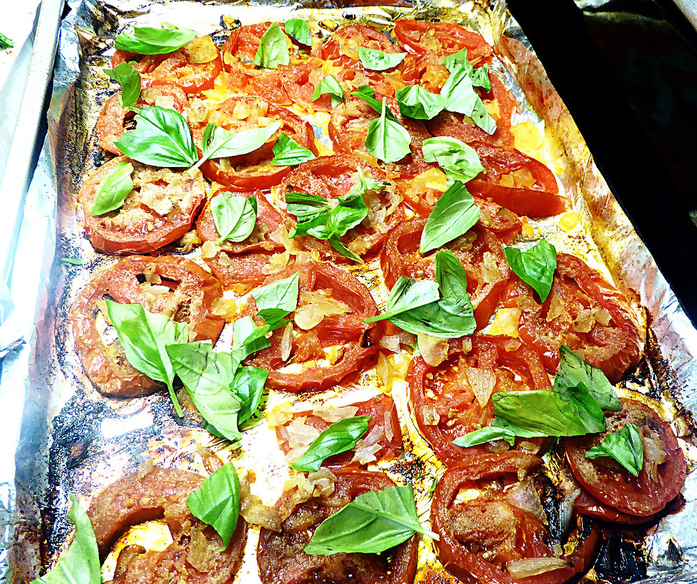 Baked Tomatoes and Onions with Basil