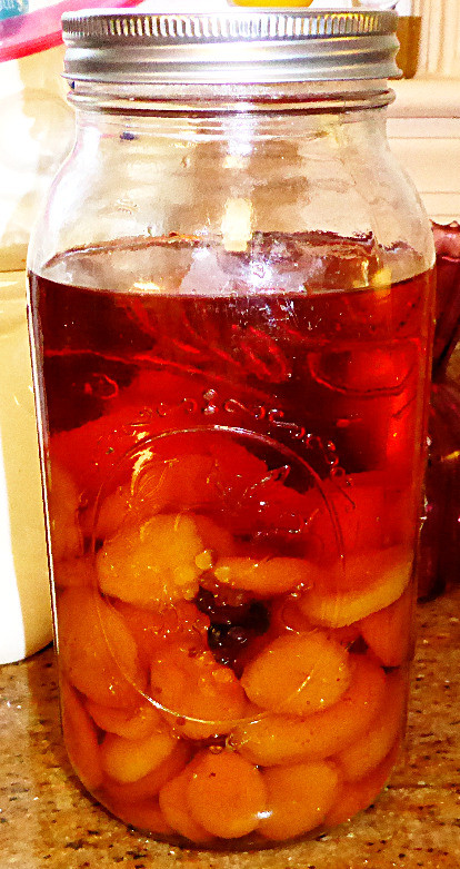 How to Make Apricot Brandy