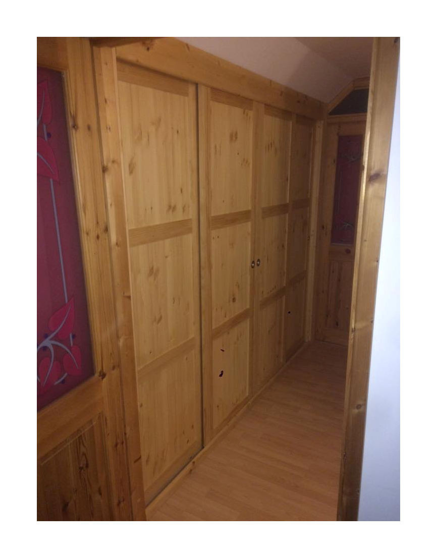 Panelled fitted wardrobe